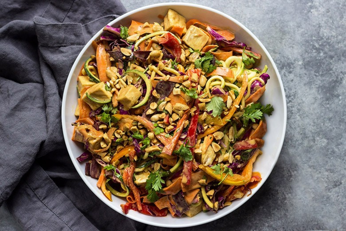 Vegetable Noodles With Crispy Tofu And Peanut Sauce